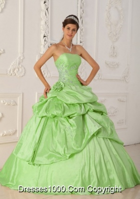 Princess Strapless Quinceanera Gowns with Beading and Pick-ups