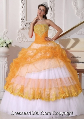 Orange and White Strapless Organza Sweet 15 Dresses with Appliques and Pick-ups