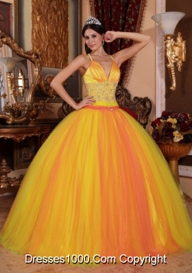 Spaghetti Straps Yellow Puffy Quinceanera Dresses with Beading