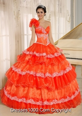 Flowers Decorate One Shoulder Quinceanera Gowns with Appliques and Ruffled Layers