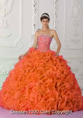 New Style Strapless Orange Red Quinceanera Dresses with Organza Ruffles and Beading