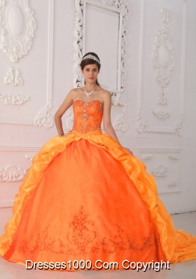 Orange Red Sweetheart Brush Train Taffeta Quinceanera Dress with Beading and Appliques