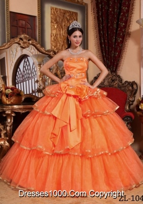 Strapless Orange Red Quinceanera Dresses with Organza Ruffles