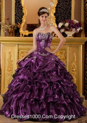 2014 Cheap Dark Purple Puffy Sweetheart Ruffles Quinceanera Dresses with Beading