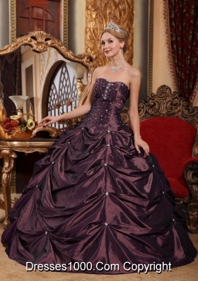 2014 Dark Purple Puffy Strapless Beading Quinceanera Dresses with Pick-ups