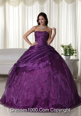 Purple Puffy Strapless 2014 Beading Quinceanera Dresses with Hand Made Flowers