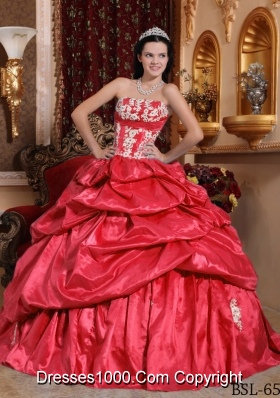 2014 Coral Red Puffy Strapless Appliques Quinceanera Dress with Pick-ups