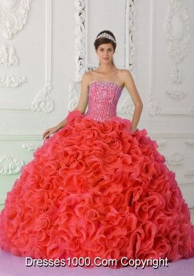 2014 Elegant Puffy Strapless Red Beading Quinceanera Dress with Ruffles