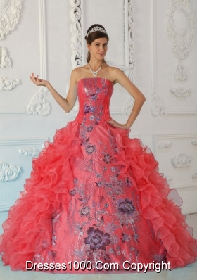 2014 Exquisite Puffy Strapless Embroidery Red Quinceanera Dress with Ruffles