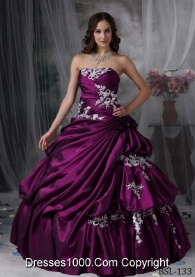 2014 New Style Puffy Strapless Appliques Quinceanera Dresses with Hand Made Flower