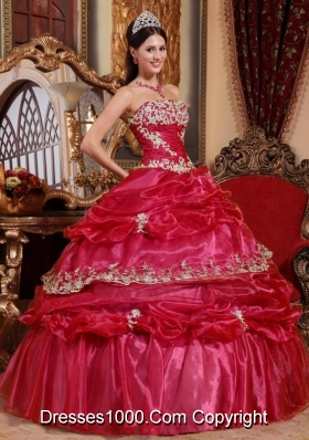2014 Perfect Red Puffy Strapless Beading and Appliques Quinceanera Dress with Pick-ups