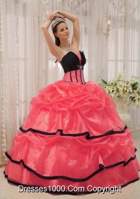 2014 Popular Colourful Puffy Strapless Beading Quinceanera Dress with Pick-ups