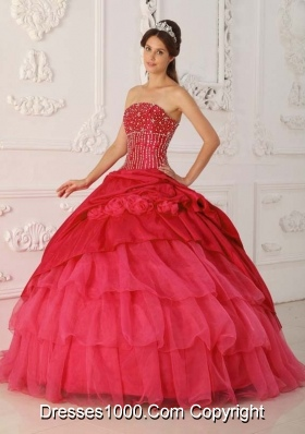 2014 The Brand New Style Red Ball Gown Strapless Beading Quinceanera Dress with Ruffled Layers
