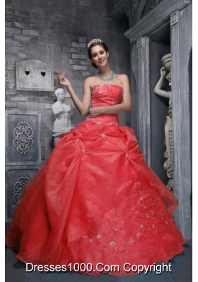 2014 Beautiful Strapless Appliques Red Quinceanera Dress with Beading