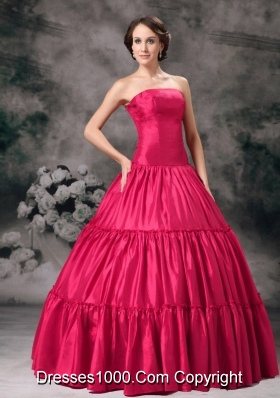2014 Classical Quinceanera Dress in Red Ball Gown Strapless with Ruching