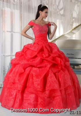 2014 Modest Red Puffy Off The Shoulder Quinceanera Dress with Beading