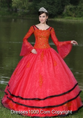 2014 The Most Popular Long Sleeves Appliques and Beading Red Quinceanera Dress With V-neck