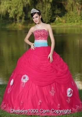 2014 Tulle Strapless Coral Red Quinceanera Dress with Hand Made Flowers