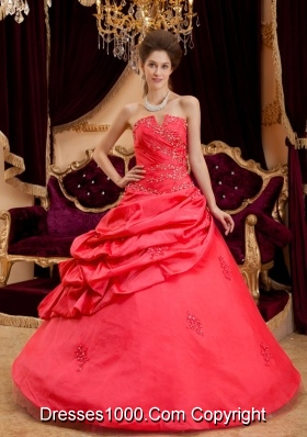 Princess Puffy Strapless 2014 Appliques Quinceanera Dresses with Pick-ups