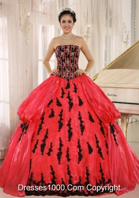 Red 2014 New Arrival Strapkess Embroidery Decorate For Quinceanera Dress with Pick-ups