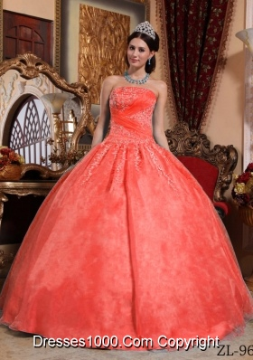 Classical Red Puffy Strapless Lace Appliques 2014 Quinceanera Dresses