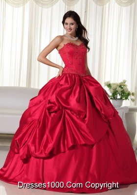Classical Red Puffy Sweetheart Embroidery Quinceanera Dresses