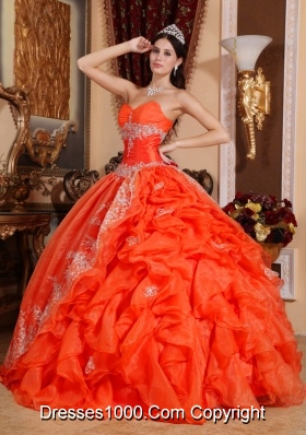 Elegant Puffy Sweetheart 2014 Beading Quinceanera Dresses with Pick-ups