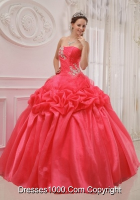 Gorgeous Red Strapless Ruching and Beading Quinceanera Dresses 2014
