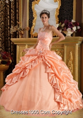 Puffy Strapless Sweet 16 Dresses with Beading and Pick-ups