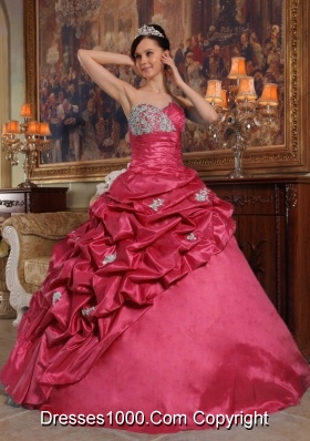 Sweet Red Puffy Sweetheart Beading and Pick-ups 2014 Quinceanera Dresses