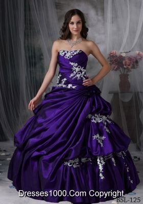 Affordable Strapless Taffeta Appliques Quinceanera Gowns with Flowers