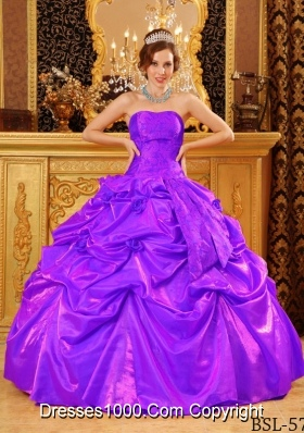Popular Strapless Purple Quinceanera Gown Dresses with Hand Made Flowers