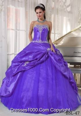 Purple Ball Gown Strapless Sweet 16 Dresses with Appliques and Pick-ups