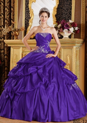 2014 Purple Ball Gown Strapless Appliques and Pick-ups Sweet 16 Dresses