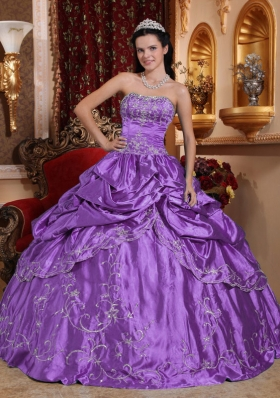 Purple Strapless Embroidery and Pick-ups Appliques Wonderful Quinceanera Dress