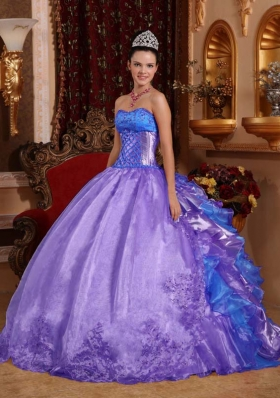 Purple Strapless Embroidery Sweet Sixteen Quinceanera Dresses with Ruffles