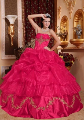 2014 Ball Gown Strapless Quinceanera Gowns with Beading