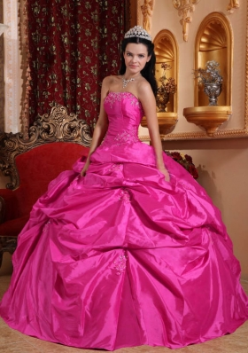 2014 Spring Hot Pink Ball Gown Strapless Quinceanera Dress with Taffeta Beading