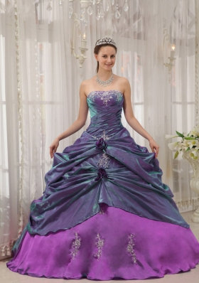 Elegant Purple Ball Gown Strapless Appliques Quinceanera Gowns Dresses