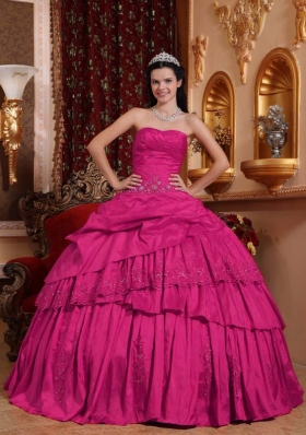 Hot Pink Ball Gown Sweetheart Quinceanera Dress with Taffeta Beading Appliques