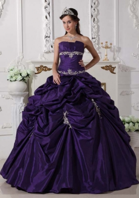 New Style Strapless Appliques Purple Quinceanera Gowns with Pick-ups