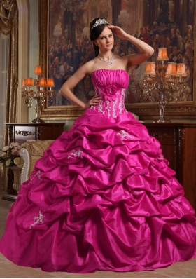 Popular Strapless Puffy 2014 Quinceanera Dress with Appliques