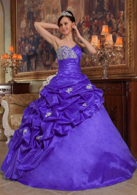 Purple Ball Gown Sweetheart Sweet 16 Dresses with Appliques and Pick-ups