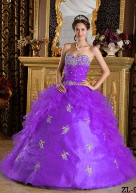 Purple Sweetheart Ruffles and Appliques Dresses For a Quinceanera