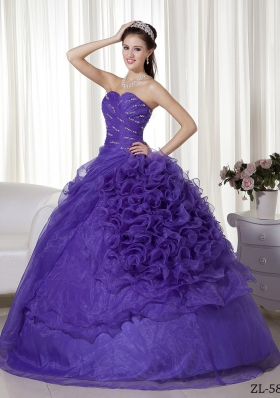 Sweetheart Organza Purple Quinceaneras Dresses with Ruffles and Beading