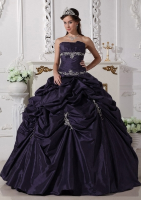 Ball Gown Strapless Appliques Quinceanera Dress with Pick-ups