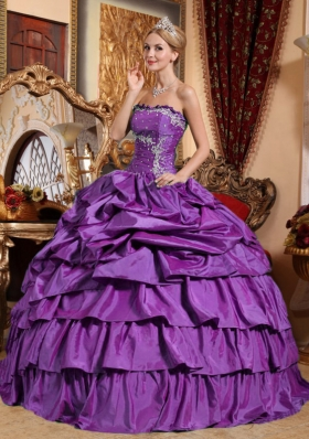 Eggplant Purple Strapless Appliques and Pick-ups Sweet 15 Dresses with Ruffled Layers