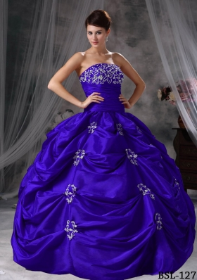 New Style Strapless Taffeta Appliques Quinceanera Gowns