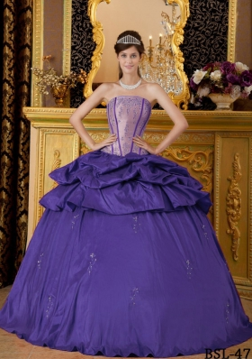 Purple Ball Gown Strapless Appliques Quinceanera Dresses with Pick-ups