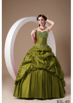 Elegant Sweetheart Taffeta Sweet 16 Dresses with Appliques and Pick-ups